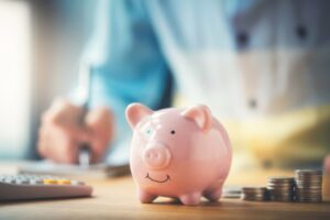 piggy-bank-with-change-surrounding-it
